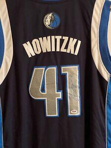 Dirk Nowitzki Signed Dallas Mavericks Blue Jersey (JSA COA)