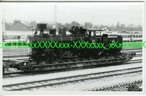 Jugoslawien Dampflok JZ Schmalspur auf Tiefladewagen EisenbahnwagenFoto (*10847)