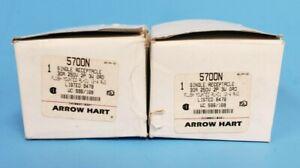 LOT OF 2 NIB ARROW HART 5700N SINGLE RECEPTACLES (30A 250V 2P 3W GRO)