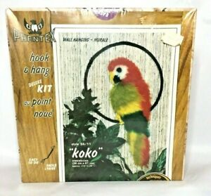 """VTG Phentex PARROT Latch Hook Wall Hanging Kit 1981 Sealed Package 14"""" x 24"""""""