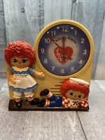 1974 Janex Raggedy Ann & Andy Wind-up Talking Alarm Clock Read description !