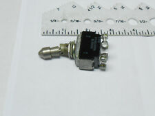 MS25126-L6  SCHUSTER ELECTRONICS TOGGLE SWITCH 115 VAC/ 28 VDC NEW OLD STOCK