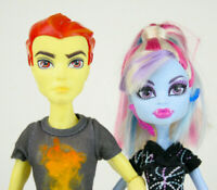 Monster High Classroom Heath Burns and Abbey Bominable Dolls Home Ick Mattel