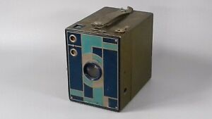 VINTAGE ART DECO KODAK BEAU BROWNIE BOX CAMERA DOUBLET LENS