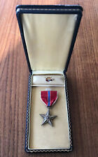 WW2 American Bronze Star In Coffin Box