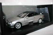 1:18 Kyosho Mercedes Benz CLK Cabriolet with working roof NEW OLD STOCK