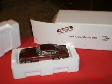 Danbury Mint 1964 Aston Martin DB5 Roadster Coupe 1:24 Scale Diecast Model Car