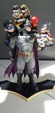 Batman Family Q-Master diorama (DC Comics) - défaut de peinture - paint damage