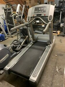 Life Fitness 95ti Silverline Treadmill Commercial Gym Equipment