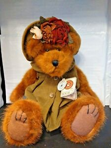 Vintage 1988-2001 Gen Yoo- Wine Boyds Bear with Original Clothes and Tags