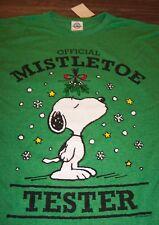 da29b543bee5 Peanuts Snoopy Mistletoe Tester Christmas T-shirt Large