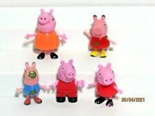 Peppa Pig Muddy Puddles George Peppa Mummy PVC Lot of 5 Different Figures Toys