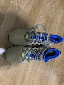 Men's beige outdoor shoes