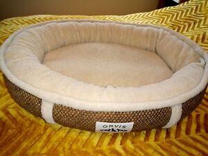 Orvis dog bed. ComfortFill. Wraparound. Small