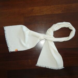 KUNA ALPACA Beautiful Diamond Knit Ivory White Fringe Scarf 68 x 11 inches / 931