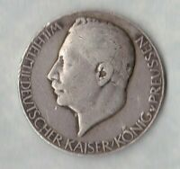 1914 SILVER PRUSSIA GERMAN WW1 KAISER WILHELM MEDAL IN USED FINE OR BETTER.
