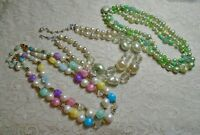 VINTAGE MULTI STRAND MULTI COLOR FAUX PEARL LUCITE BEADED NECKLACE LOT