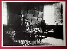 Carte postale photo Claude Monet dans son atelier , editions Gendre