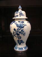 Antike große Vase / Deckelvase - signiert - handgemalt - orig. Delfts Blauw -r22
