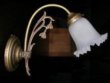Wandlampe Messing mit Patina und schönem Glasschirm