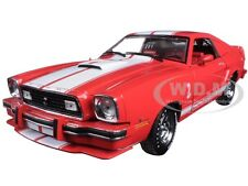 1978 FORD MUSTANG II COBRA II FREE WHEELIN RED W/ WHITE 1/18 GREENLIGHT 12940
