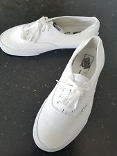 Vans Authentic Mens  White Skate Trainers Shoes Size UK 10.  Good Condition