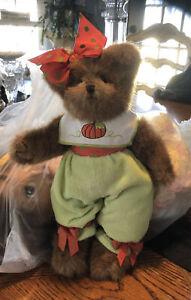 The Bearington Collection Plush 10 Inch Bear 100762