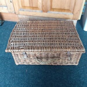Sirram vintage wicker picnic dining set