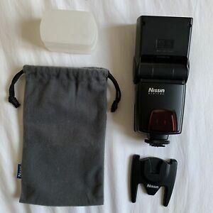 Nissin Di622 Speedlite for Canon ETTL Digital Cameras + White Flash Diffuser
