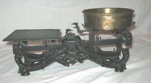 antike 2-KILO-WAAGE-reich verziert um 1900, Spritzguss, 1 Messingteller