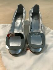 Roger Vivier Silver Shoes with Silver Buckle Size 35, slightly worn