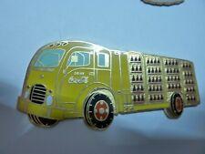 BIG  PIN'S CAMION COCA COLA  RETRO /  SUPERBE  /  7,5 cm de long
