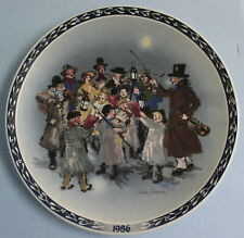Wedgwood John Finnie Vintage China Plate Christmas 1986 The Carolers #5172A EUC