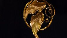 LEAF MOTIF  - Pin/Brooch - Gold tone metal with Gift Box