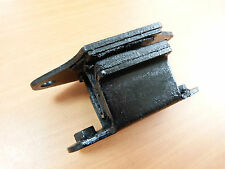 DATSUN 1600 BLUEBIRD 510 SSS JDM GEARBOX CROSSMEMBER INSULATOR