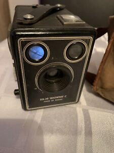 Kodak Six-20 Brownie C Camera