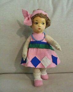 N°15/ Charmante petite poupée ancienne en feutre type Lenci ou Raynal.
