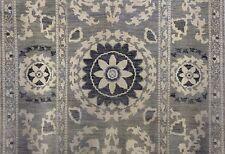 Spectacular Suzani - Grey Indian Floral Rug - Oriental Carpet - 6.2 x 9.3 ft.