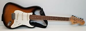 Squier - Strat - Affinity Series - Fender - Electric Guitar - Tested - Working