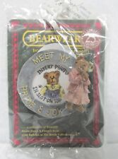 Boyd's Resin #26075 Wearable Pin, Ms. Bearyproud, Mint Brand New - on card