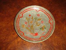Tazón de fuente de pedestal de esmalte de Latón India Artesanal Mariposa Flor Diseño Contemporáneo