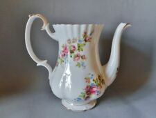 Moss Rose Royal Albert Pottery & Porcelain Tableware