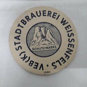 Kleiner alter  Bierdeckel  VEB K Stadtbrauerei Weissenfels Schutzmarke