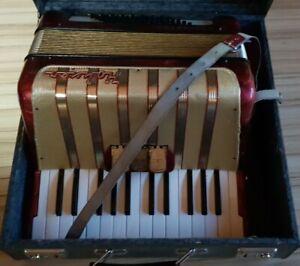 Hohner Akkordeon Concerto I ( 1 ) 48 Bässe mit Gurten und Koffer Made in Germany