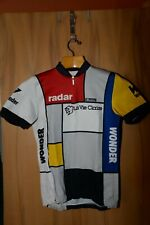 LaVie Claire cycling jersey. Size large. Nylon. New and never worn.