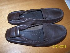 HUSH PUPPIES BRAND DARK BROWN LEATHER LOAFERS/MOCCASIN SZ 12M