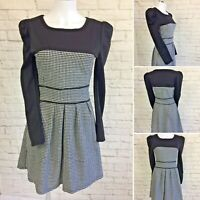 Y&Y Size M Black & White Houndstooth Long  Sleeved Fit N Flare Dress Knee Length