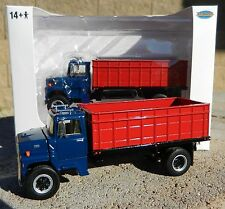 NEW 1:64 Top Shelf Replicas *BLUE &  RED* Ford L9000 GRAIN TRUCK HAULER DCP *NIB