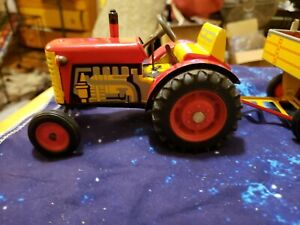 SCHYLLING TRACTOR AND TRAILER  WIND UP TIN TOY WITH GEARS made in Japan???