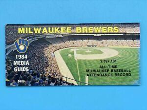 MILWAUKEE BREWERS BASEBALL MEDIA GUIDE - 1984 - NEAR MINT